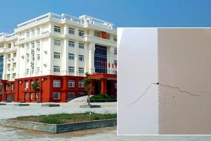 Nứt công trình Trụ sở Thành ủy Đồng Hới, Quảng Bình: Liên quan đến gạch không nung?