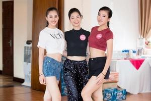 Hoa hậu Việt Nam 2018: Thí sinh 2 miền lần đầu đọ nhan sắc