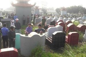 Chính quyền lên tiếng vụ gần 100 ngôi mộ bị đập vỡ bát hương