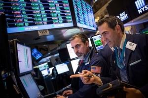 """Khối ngoại bất ngờ gom mạnh cổ phiếu """"lạ"""", mua ròng gần 60 tỷ đồng trong phiên 23/1"""