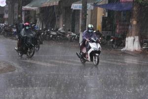 Bắc Bộ và Bắc Trung Bộ bắt đầu đợt mưa lớn do ảnh hưởng bão số 6