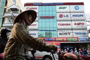 Cưỡng chế tài khoản Nguyễn Kim để thu 148 tỉ