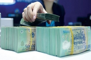 Lãi suất huy động ổn định, các ngân hàng tích nguồn để tăng trưởng tín dụng