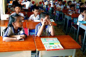"""Gói thầu mua bàn ghế học sinh tại huyện Bảo Lâm (Lâm Đồng): Bên mời thầu ra """"đề bài"""" khó?"""