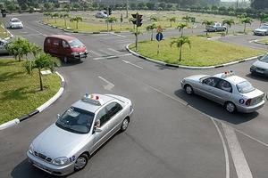 Siết chặt công tác đào tạo lái xe