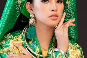 Hoa hậu Tiểu Vy mang chầu văn đến Hoa hậu Thế giới 2018