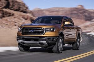 Ford Ranger quá đắt hàng khiến Ford phải mở rộng sản xuất