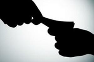 Xem xét đình chỉ chứng chỉ hành nghề của bác sỹ 'vòi' tiền bệnh nhân ung thư 