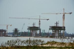Quảng Ngãi 'gỡ vướng' cho doanh nghiệp thực hiện dự án đầu tư trên địa bàn
