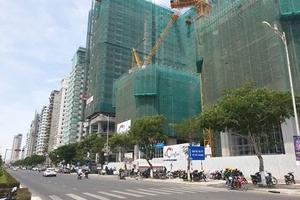 """""""Khủng hoảng"""" thừa khách sạn cấp thấp tại Đà Nẵng"""