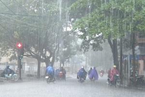 Mưa lớn trên diện rộng ở Bắc Bộ, cảnh báo ngập úng tại Hà Nội
