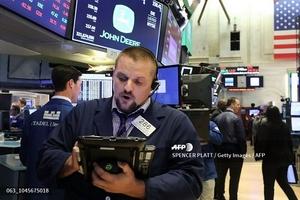 Khối ngoại gom cổ phiếu bất động sản, bán mạnh bluechip trong phiên 16/10