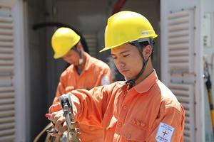TỔNG CÔNG TY ĐIỆN LỰC MIỀN BẮC:Tập trung đảm bảo cấp điện ổn định mùa nắng nóng