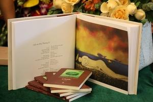 """Ra mắt tập thơ """"Giấc mơ sông Thương"""" của nhà thơ Nguyễn Phúc Lộc Thành"""
