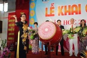 Trường THPT Đông Kinh: Long trọng tổ chức Lễ khai giảng năm học mới 2018 – 2019