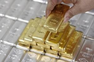 Giá vàng hôm nay (6/9) phục hồi từ đáy 11 ngày nhờ đồng USD hạ nhiệt