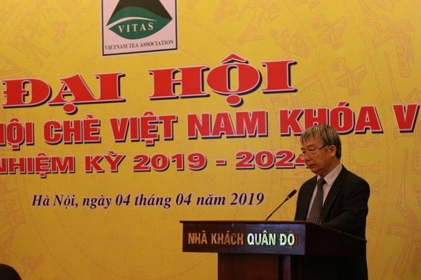 TS Nguyễn Hữu Tài phát biểu tại Đại hội