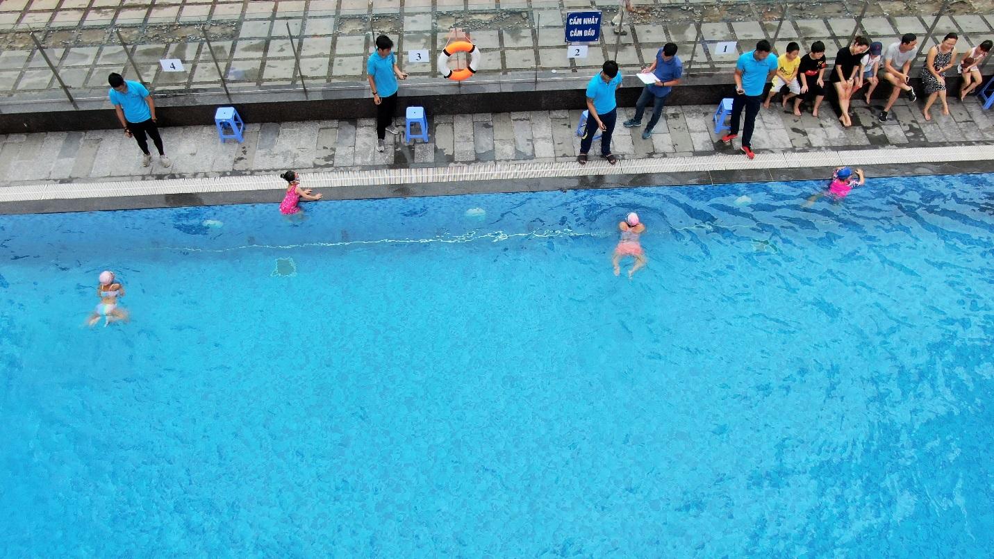 D:\Tài trợ Đồng - Giải thưởng quy hoạc đô thị QG\Giải bơi cư dân nhí FSK\Anh\Dăng Group\6.jpg