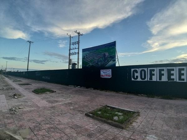 """Dự án bất động sản ôm """"đất vàng"""" tại phố biển Cửa Lò chậm tiến độ, gây hoang mang dư luận."""