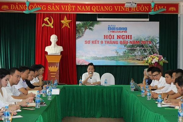 Tổng biên tập Nguyễn Quốc Hùng chủ trì Hội nghị Sơ kết
