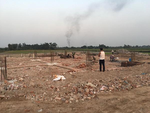 Công trình trạm xăng dầu Tam Hưng rầm rộ thi công phần móng và cột dù chưa có giấy phép