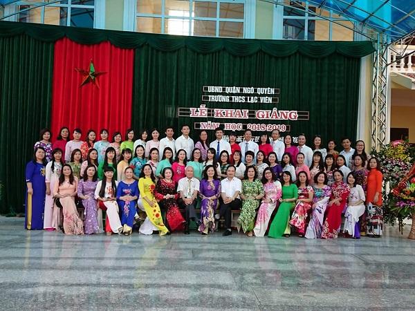 Tập thể CB - GV trường THCS Lạc Viên năm học 2018-2019.