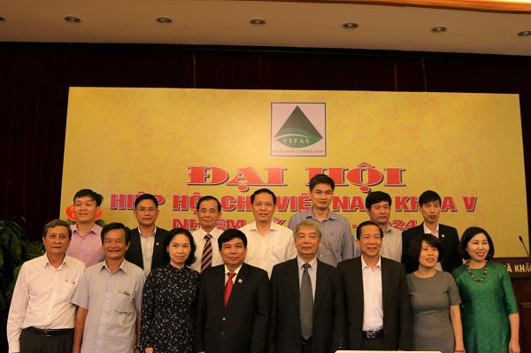 Ban Chấp hành Hiệp hội Chè Việt Nam khóa V ra mắt