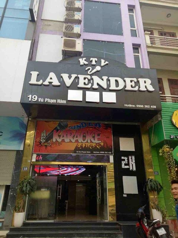 Cửa hàng Karaoke Lavender 19 Vũ Phạm Hàm vẫn mở cửa sau khi bị phạt vì kinh doanh karaoke không phép