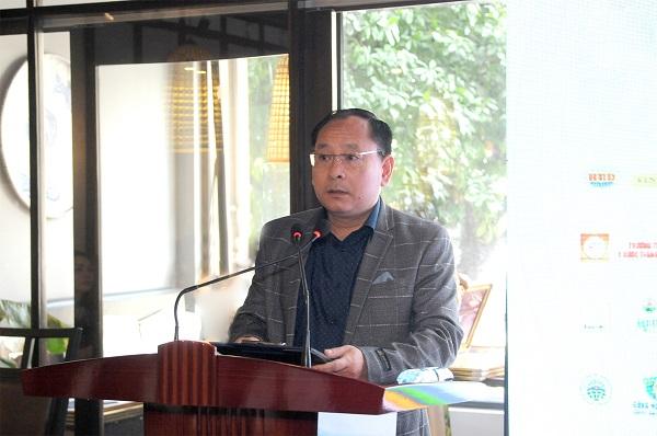 Ông Đinh Thanh Tùng, Phó Tổng Biên tập công bố quyết định thành lập Ban Nghệ nhân & Thương hiệu