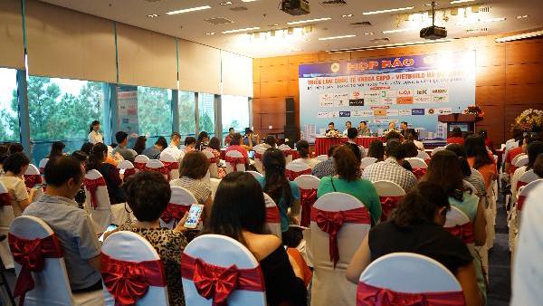 Toàn cảnh buổi họp báo về Triển lãm Quốc tế Vietbuild Hà Nội 2019 lần thứ 2