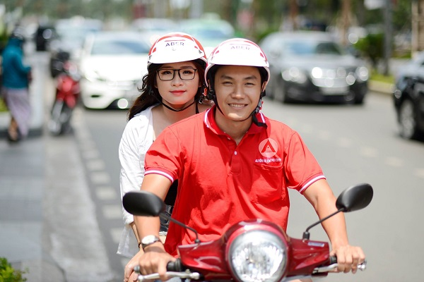 """Ứng dụng gọi xe của những người Việt được xem """"luồng gió mới"""", giúp người tiêu dùng có nhiều sự lựa chọn hơn về phương tiện duy chuyển."""