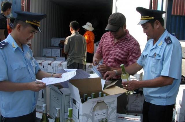 Kiểm tra hàng hóa tại cửa khẩu (Ảnh minh họa)