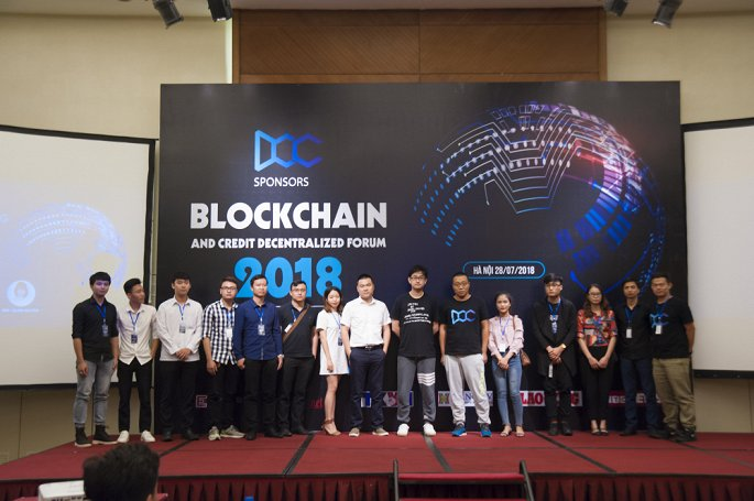 Blockchain va Ung dung tin dung phi tap trung hinh anh 1