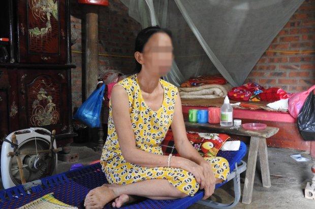 Chị T. sốc nặng và sụt cân sau khi biết mình bị nhiễm HIV.