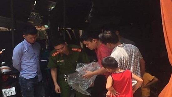 Một phụ nữ mang thai tháng thứ 9 bị chồng chém lìa cánh tay