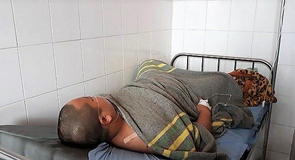 Nạn nhân Sỹ đang điều trị tại Bệnh viện