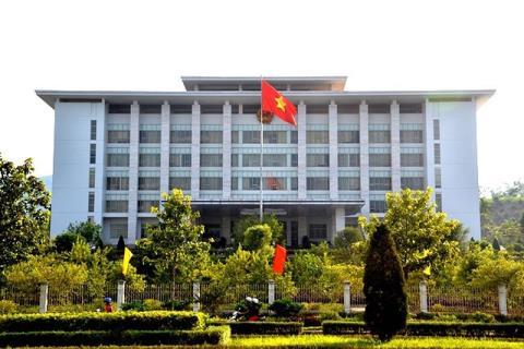 Trụ sở UBND tỉnh Lào Cai nơi xảy ra nhiều sai phạm trong quá trình thực hiện Dự án chợ văn hóa bến xe khách Sa Pa dẫn tới việc người dân không đồng tỉnh ủng hộ kiện tụng kéo dài.