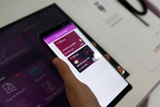 TPBank cho phép rút tiền bằng QR Code trên cả ATM và Livebank - Ảnh 1.