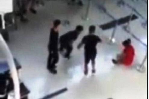 Xử phạt 4 nhân viên an ninh trong vụ nữ nhân viên bị hành hung tại sân bay