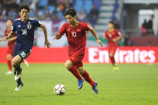 Thua Nhật Bản, đội tuyển Việt Nam vẫn là người hùng trong mắt người hâm mộ