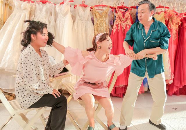Từ Cua lại vợ bầu, Hai Phượng: Niềm tin tương lai cho điện ảnh Việt - Ảnh 1.