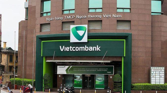 Vietcombank lãi sau thuế hơn 4.700 tỉ đồng trong quí I, thu nhập nhân viên đạt 38 triệu đồng/tháng - Ảnh 1.
