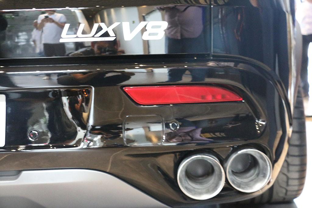 Cận cảnh chiếc LUX V8 tại nhà máy VinFast: Mẫu xe kì vọng phá kỉ lục trong dòng SUV - Ảnh 7.