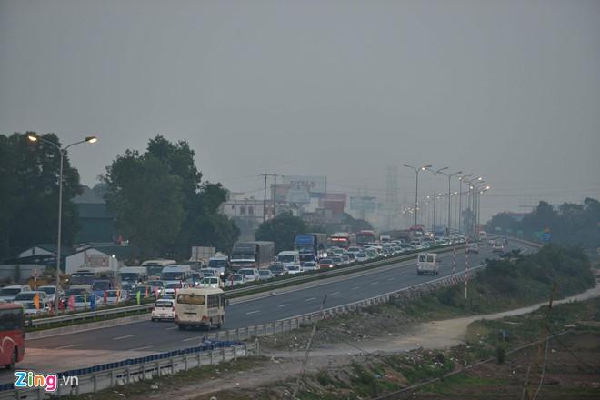 Đề nghị nối đường 70 vào cao tốc Pháp Vân - Cầu Giẽ để giảm ùn tắc - Ảnh 1.