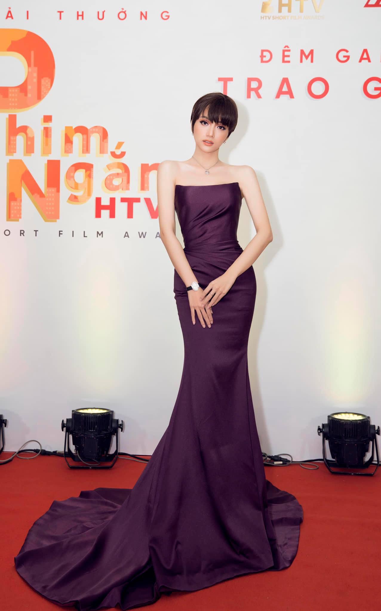 Những chiếc váy giúp Hoa hậu Hương Giang nâng tầm đẳng cấp  - Ảnh 15.