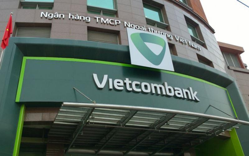 Vietcombank cho biết sẽ hoàn tiền cho khách hàng nếu xác nhận giao dịch giả mạo - Ảnh 1.