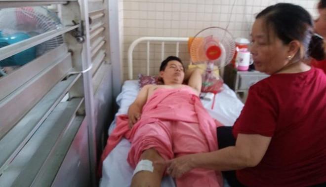 Bệnh viện Chợ Rẫy xin lỗi người bệnh, đình chỉ 2 cán bộ sau sự cố khoan nhầm chân