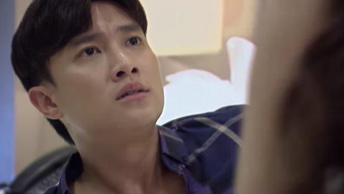 'Về nhà đi con' tập 64, Thư chết đứng khi bắt quả tang Vũ bên Nhã trong khi con nằm viện
