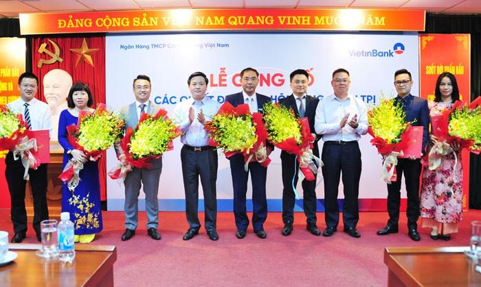 VietinBank bổ nhiệm cùng lúc 10 nhân sự cấp cao - Ảnh 2.