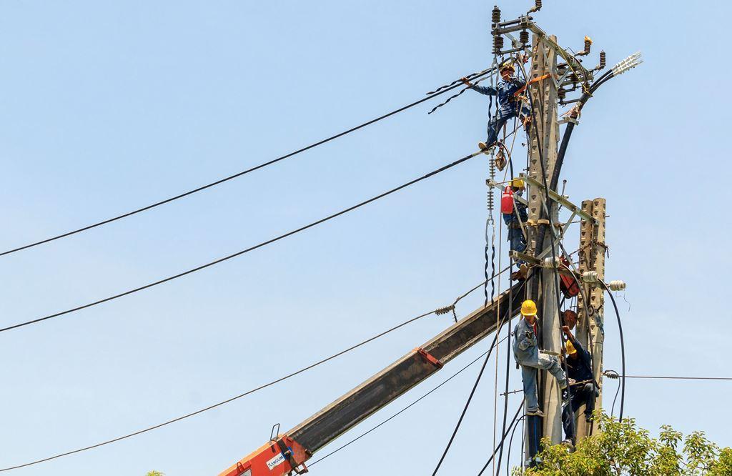 Gói thầu bị kiến nghị có nội dung thi công xây lắp và chi phí thiết bị hạng mục hệ thống điện phục vụ sản xuất trong KCN Sông Công II (tỉnh Thái Nguyên). Ảnh minh họa